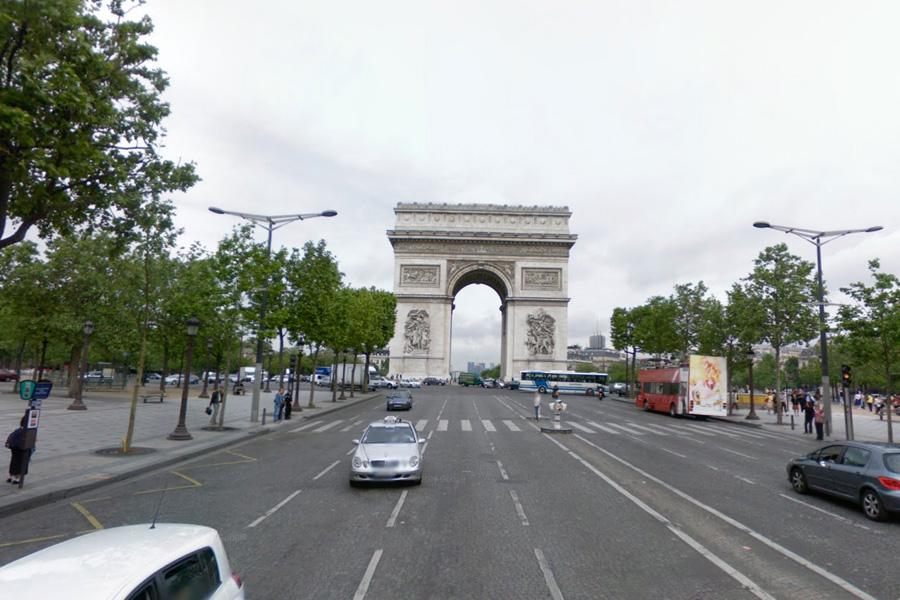 The Arc de Triomphe, Paris, as seen in Google Street View