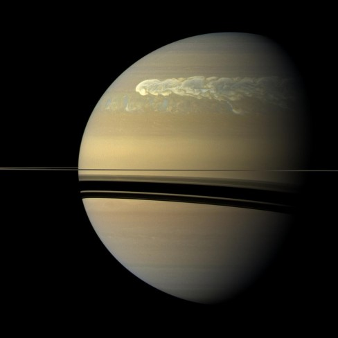 Massive storm on the surface of Saturn