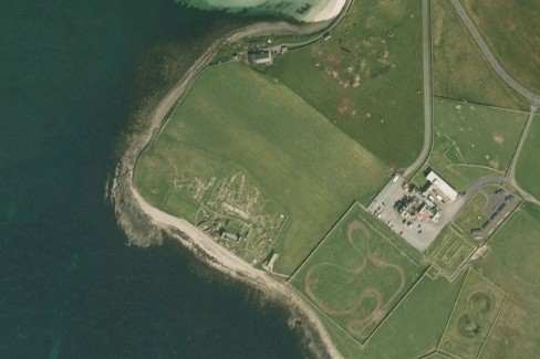 Jarlshof Norse settlement: With over 4,000 years of human settlement the site provides great insights to live during the late Bronze Age, the Iron Age, Pictish era, Norse era and the Middle Ages