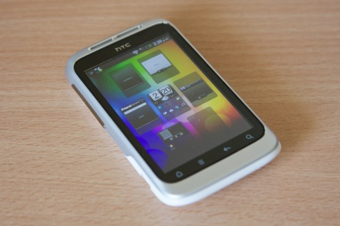 HTC Sense overview screen
