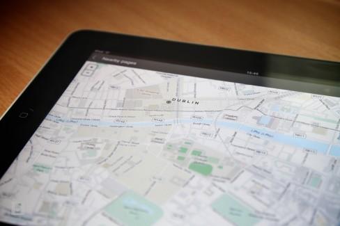 Wikipedia OpenStreetMap example on iPad