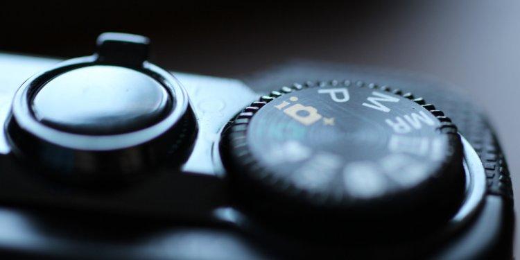 Compact camera settings