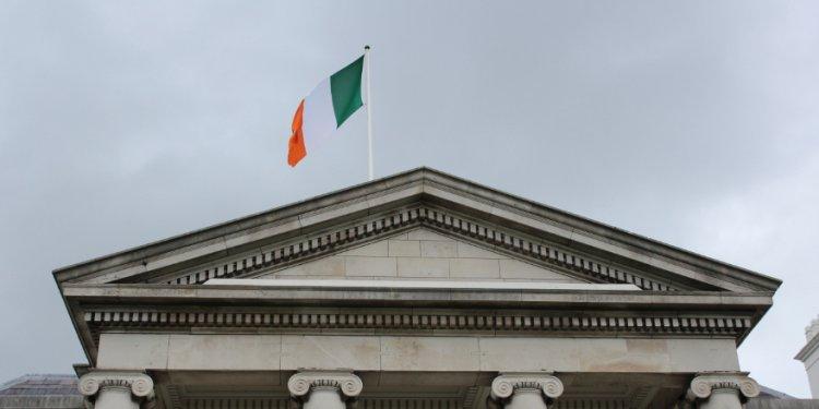 Irish flag over the President's Residence