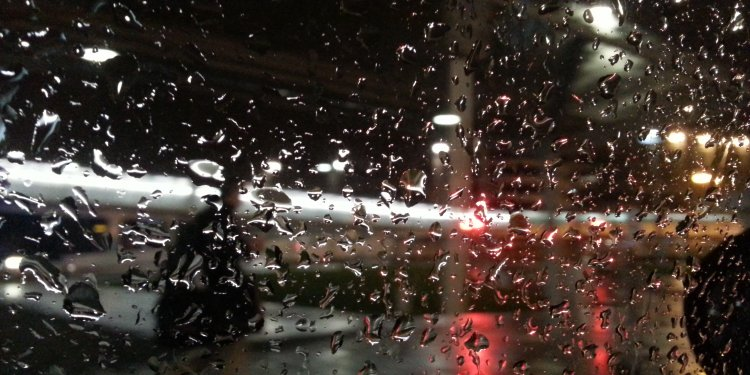rain on window at night