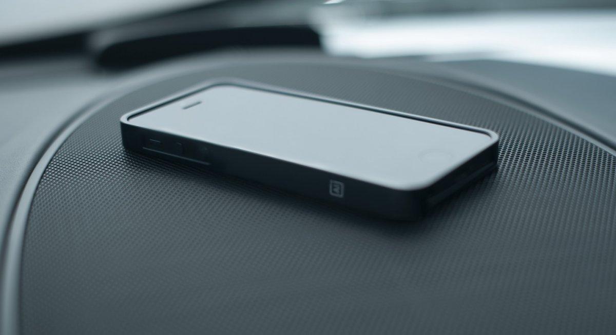 Design by M - AL13 iPhone 5 bumper