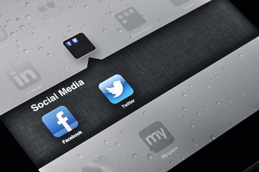 Social media iPad icons