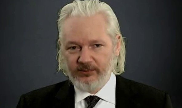 tweets assange gag catalonia