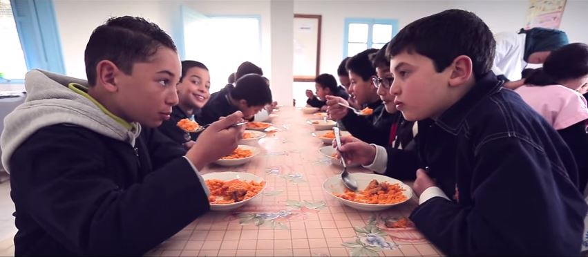 un blockchain startup school lunch
