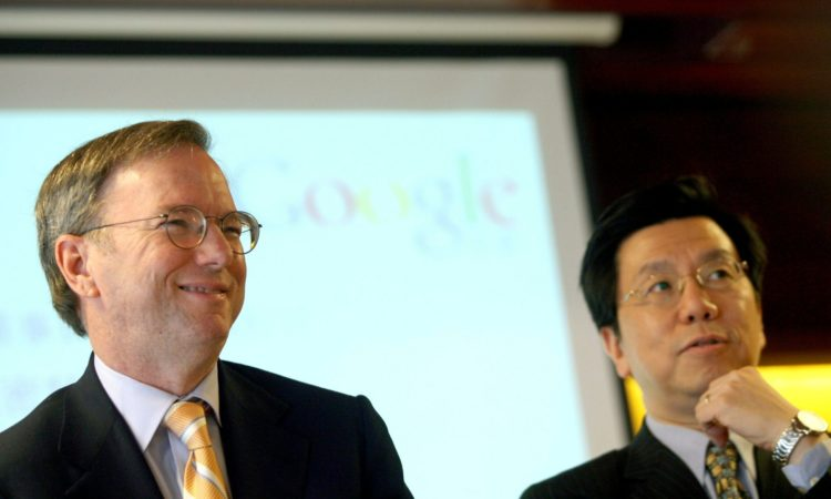 Eric Schmidt (L) and Kaifu Lee (Li Kaifu), President of Google China, in Beijing March 17, 2008